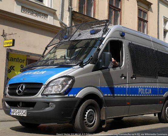 Policja Kalisz: Musztra w klasach mundurowych